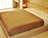 Покрывала и подушки пошив штор в Одессе