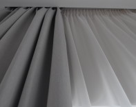 На шторной ленте и со складками вручную пошив штор в Одессе